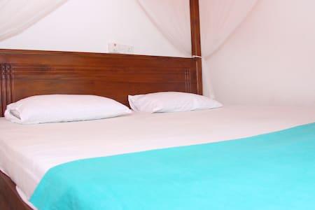 New Sea Breeze Mirissa-AC Room - Mirissa