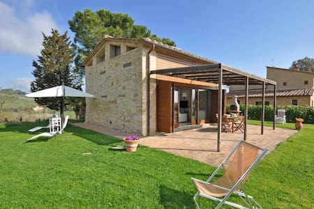 Capannino, sleeps 4 guests in Ponte A Bozzone - Siena
