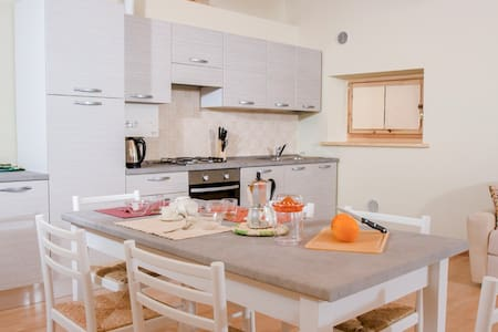 Moiazza - Bright and cozy apartment with views - Soverzene - Apartmen