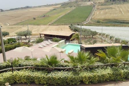 Agriturismo Portella di Naro - Licata - Villa