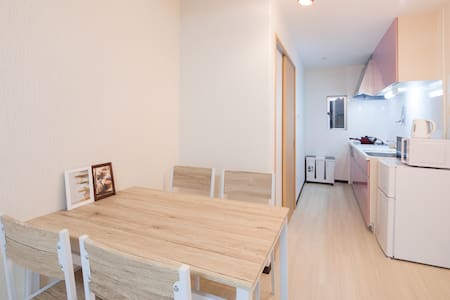Enjoy Local stay!  Very close to Local Temple. - House