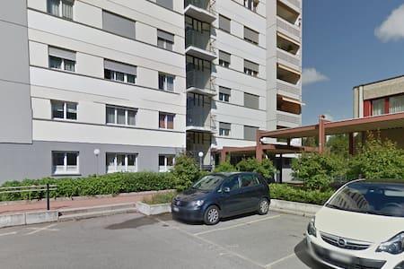 Logement en ville de Fribourg - Apartment