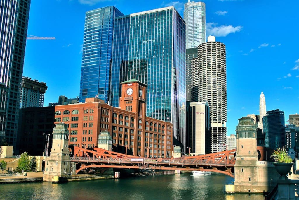 Located in the heart of River North