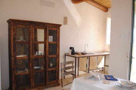 Masseria, Cottage, organic breakfast, bikes - Borgagne - Bed & Breakfast