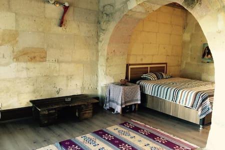 A stone house in Cappadocia - Avanos - Loteng Studio
