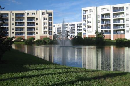 BEACHWALK FAMILY CONDO - Condominium