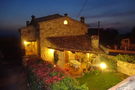 B&B  Fonte dei Billi - Bed & Breakfast