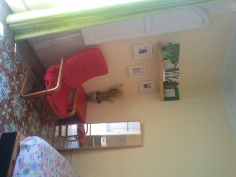 Centric sunny doubleroom & balcony