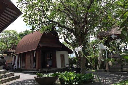 Private beach front villa, room 3