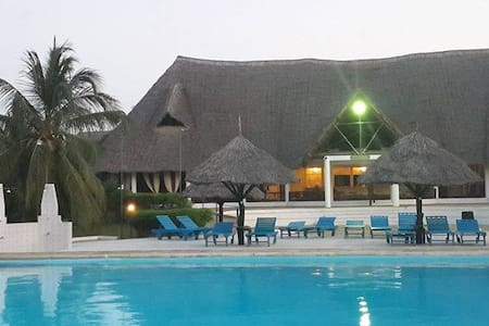 A beach house. White sandy beaches - Malindi