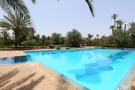 Amazing Flat in the middle of the Palm Grove - Ouahat Sidi Brahim - Apartment
