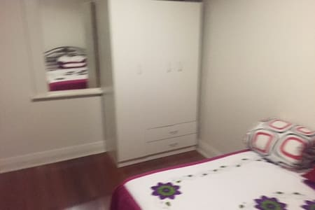 1 Bed room Fully Furnished Unit-Loung  $60Pernight - Potts Point - Apartment
