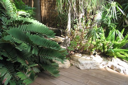 Beautiful garden-apartment - Tel Aviv-Yafo