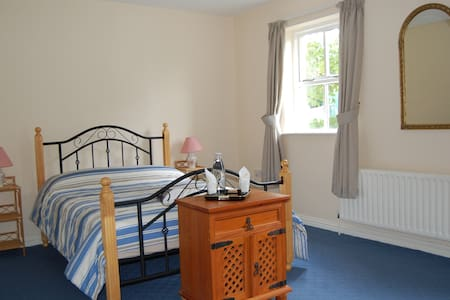 CLEW BAY Spacious double bedroom