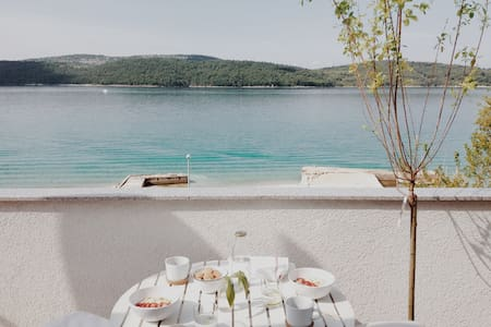 Cozy seaside escape by the beach - Šibenik - Apartment