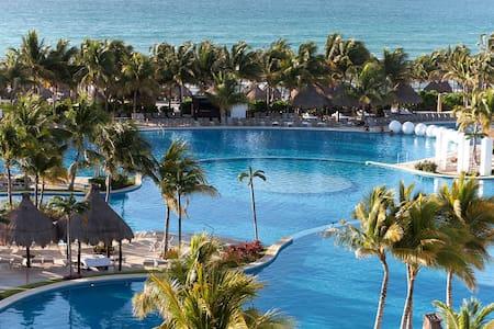 1 Master room Riviera Maya Cancun - Cancún - Condominium