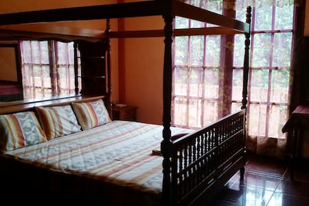 Beautiful large King Room Ensuite/Balcony - Puerto Escondido - Villa