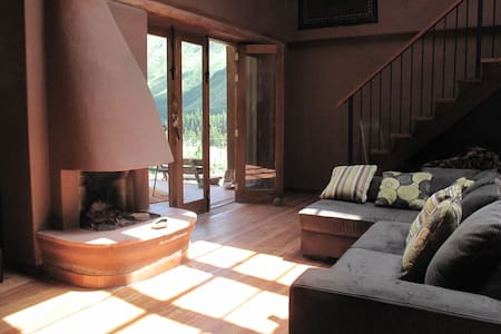 Double Room - Peaceful Mountain Retreat - Rumah