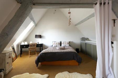 APPARTEMENT DE CHARME - Appartement