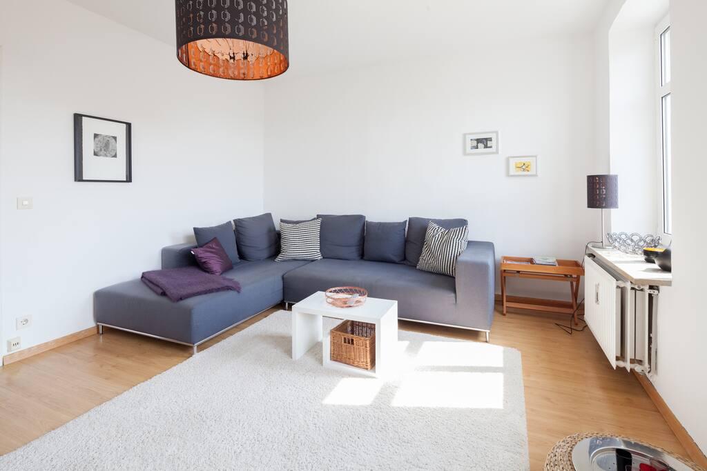 Helle 3 zimmer wohnung apartments for rent in m nchen for Wohnzimmer neustadt