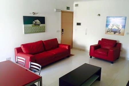 1 Bedroom Apartment - FLT4 - Naxxar - Apartemen