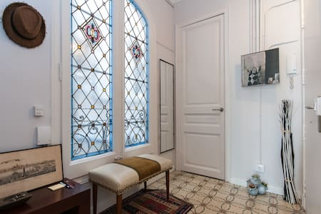 Beautiful room in the heart of BCN.