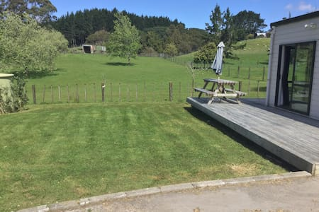 Private Studio - with beautiful outlook - Auckland - Leilighet