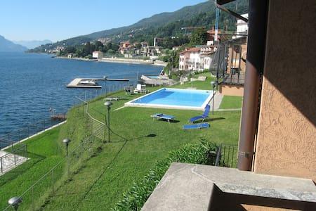 Romantico appartamento sul lago - Lägenhet
