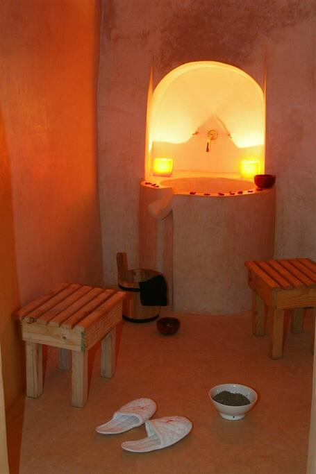 The Hamman (hot tub)