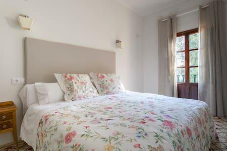 Elegant Suite in Mediterranean B&B - Ondara - Bed & Breakfast