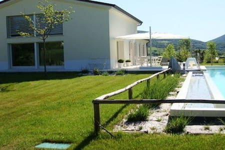 Villa with pool among Marche-Umbria - Sassoferrato - Villa