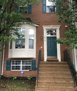 Nice town home clean 1 bed room - Gainesville - Haus