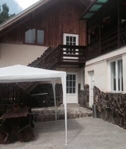 Just a simple house in Transylvania - Sovata - Talo
