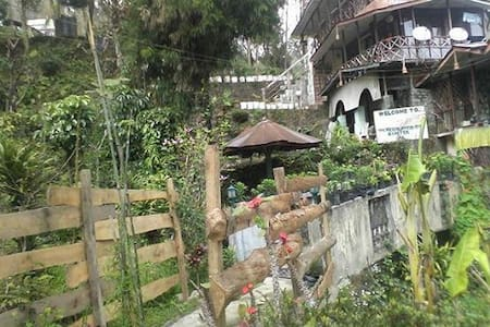 Waterfall Homestay, Rumtek, Sikkim - Bed & Breakfast