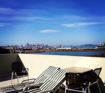 City views masterbedroom & parking