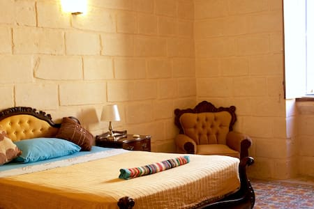 Oasis-Traditional Maltese House