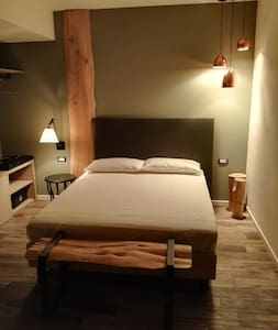 New room (no balcony) 2 - Locanda la Cross - Garda - Bed & Breakfast