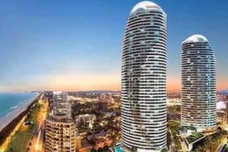 'Exclusive' 2 BR Luxury Apartment