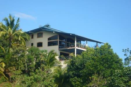 Seaview Villa with Pool - Villa