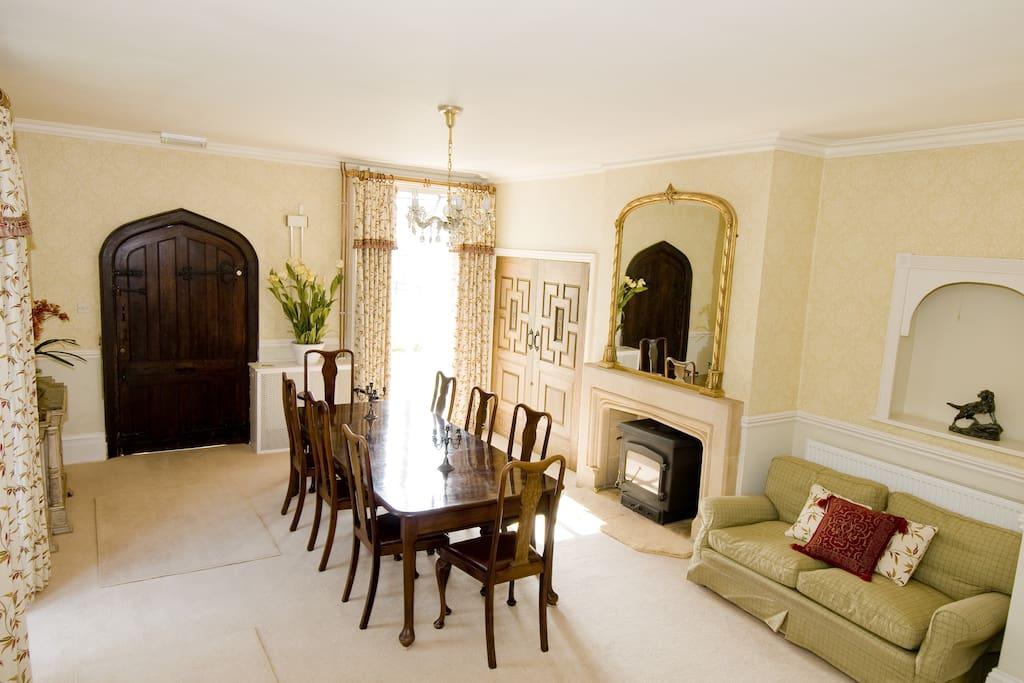 The Beech Room in Luxurious Home