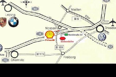 Monteurzimmer - Hus