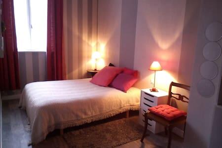 Loft dans maison de village 2 Pers - Saint-André-de-Sangonis