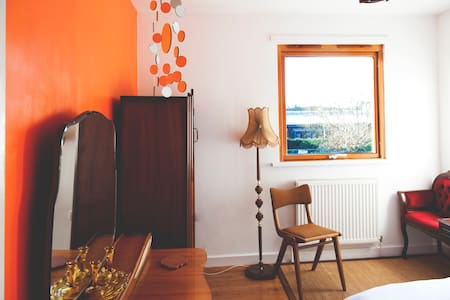 Cosy room with character - Liverpool - House