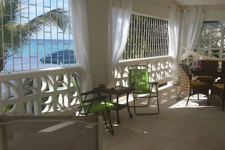 Charming vacation Beach Villa / 4 pers - Byt