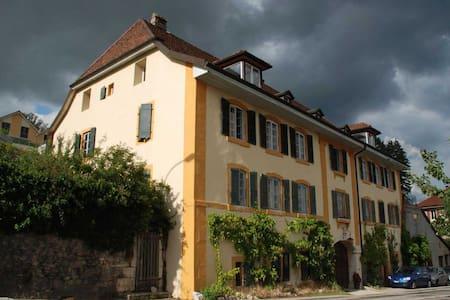 Appart 3 pièces maison vigneronne - Hus