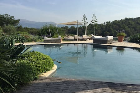Pool house charme sea/mountain view - Roquefort-les-Pins - Hus