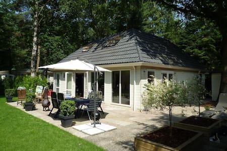 8 persoons vakantiehuis met sauna - Blockhütte