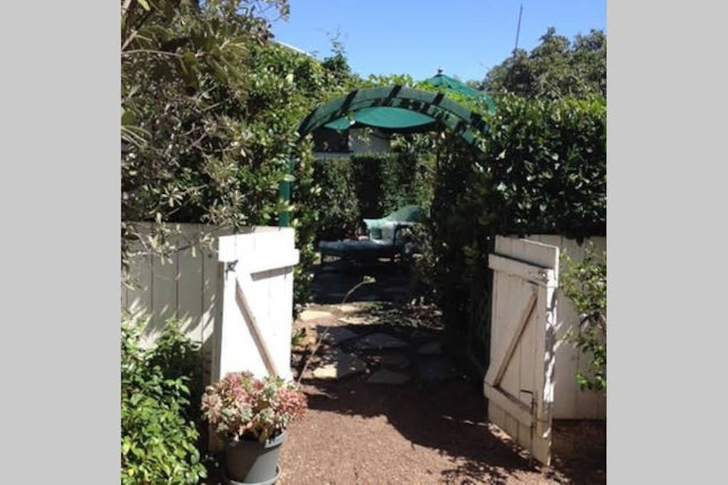 Approach from Driveway to Guest House area