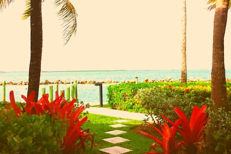 Waterfront Getaway in Paradise