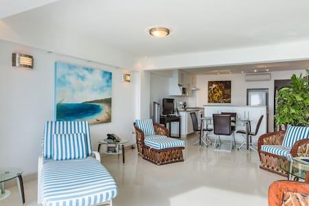 One bedroom oceanfront condo. - Puerto Vallarta - Appartamento